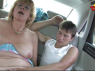 Зрелые женщины 40 50 порно